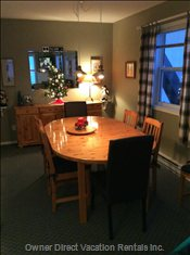 Dining Room - Table with 8 Chairs