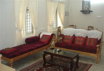 Private Bedroom/Bathroom in a Shared Villa that Can Accommodate 12 Max