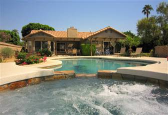 Private Salt-Water Pool & Spa with Mountain Views on Beautiful Desert Lot
