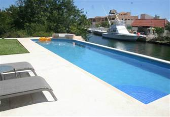 Condo on the Canal, Puerto Aventuras (2bdrm, 2bthrm)