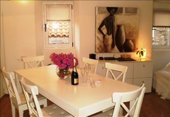 Apartment in Dubrovnik Old Town for Four Persons