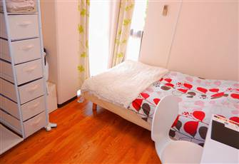 Private Apartment for Holiday Rental Located in a Upscale Neigbourhood