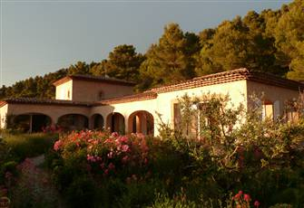 Last Minute Villa with Pool for Rent, Rognes Aix Lourmarin Provence Long Stays