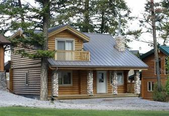 Gorgeous Cedar Log Cabin Perfect for Families