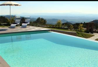 Tuscan Family Home , Private Infinity Pool, Gardens, Relaxation!