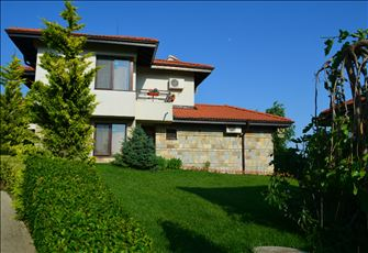 Luxury Two Bedroom Three Bathroom Self Catering Villa by the Black Sea Bulgaria