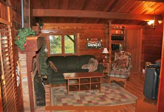Stand Alone Log Cabin Right in Village - Rare Find - Private Hot Tub