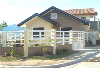 Cozy & New Furnished 2 Br Bungalow with Garden in a Secure & Quiet Subdivision