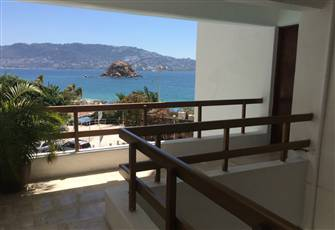 Best Location Apartment in Acapulco Main Touristic Area