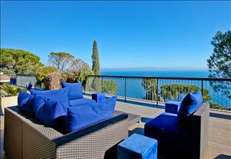 Tuscany Seaview Apartment-Villa
