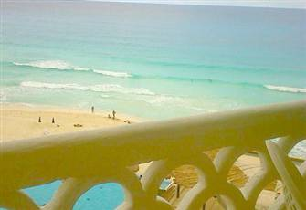 Beach Front Condo- Great Price, Location, and Room. Located in the Hotel Zone