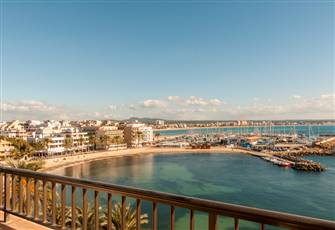 Amazing Views to the Sea Apartment in Playa de Palma, Located Just by the Sea.