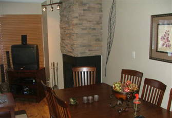 Recently Remodeled 4 Bedroom Condo at Big White Ski Resort.