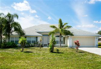 Beautiful Home in Port St Lucie