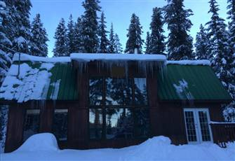 Apex Mountain Ski-in / Ski out Cabin