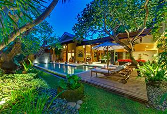 Stunning 4 Bedrooms Villa