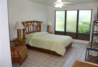 Quiet Studio Close to Best Beaches in Kona