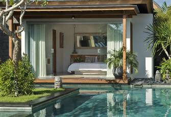 Stunning 4 Bedroom Private Oasis in Seminyak