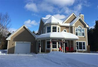 Bb Saffron,Tremblant 4 Bedroom Villa,3 Bath,Fit 7-9 Guest,Pet Friendly