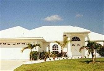 4 Bedroom/2 Bath Luxury Cape Coral Beach Villa