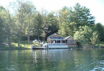 True Lake Front Cabin Lake Bomoseen Vermont