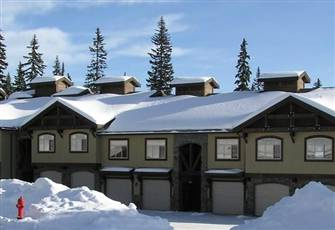 Luxury Ski in / Ski out Condo with Private Deck and Hot Tub at Big White