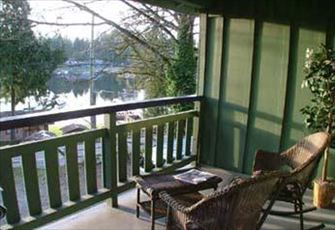 Original Shawnigan Lake Cottage with GORGEOUS LAKE VIEWS!