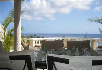 Exclusive Affordable Luxury - 3 Bedroom  Villa- Commanding Ocean Views