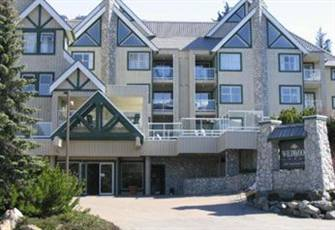 Wildwood Lodge 2 Bedroom Condo near Wizard Chair on Blackcomb