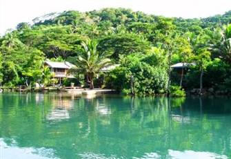 Tropical Living on the Waters Edge with Private Chef .  a Real Fiji Experience.