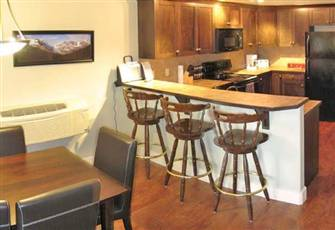 Alpine Style 2 Bedroom 2 Bathroom Condo in Radium Hot Springs
