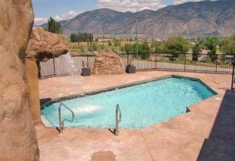 Luxury  Holiday Or Long Term Accommodation in Osoyoos