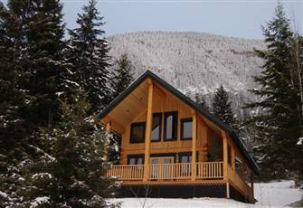 2 Bedroom Luxurious Log Cabin in Golden  - Canada Select 4* Approved