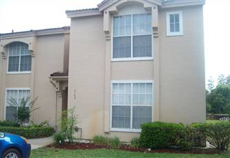 Superb 3 Bedroom Townhouse - Ten Minutes from Disney, Kissimmee, Florida