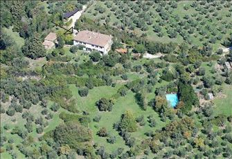 Experience the Florence Countryside: Elegant Apartment Suite  with Pool.