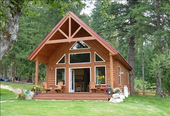 Cozy Cabin Situated in Apple Orchard, Overlooking Kootenay Lake - July Summer Sp