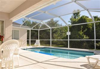 Safe Secure and Private Family Retreat 2 Miles South of Disney World