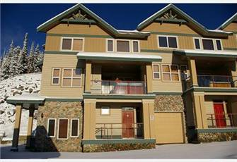 Premium Corner Unit Views ++,beside ski in/out. Covered deck with deluxe hot tub