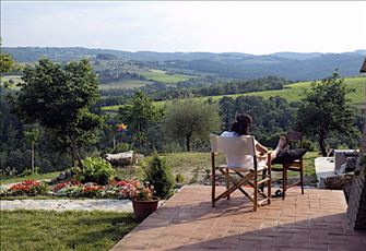 Charming Country House Apartments in Magnificent Countryside near San Gimignano
