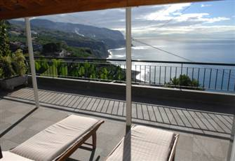 Property located on the south coast, with superb view over the Atlantic