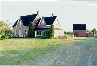 Summer Rental Century House in Blooming Point, PEI