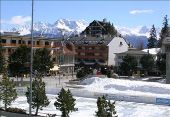 In the Swiss Alps:Family Friendly Spacious Apartment:Fantastic Golf, Ski, Hiking