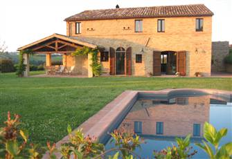 Spectacular Restored Villa in Sublime Rural Surroundings. Close to Amenities.