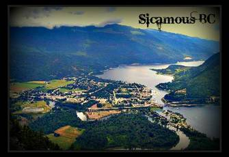Luxury Waterfront Condo Mara/Shuswap Lake with Boat Slip