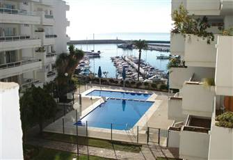 Great Sea View.Pristine 1 bed flat.VERY CENTRAL. Large Terrace. 5 mins walk Port