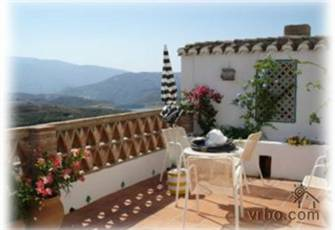 Charming village house near Granada and near Mediterranean