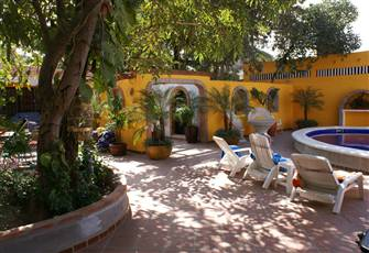 The Secret Garden - 5 Bedroom Mexican Home with Pool!