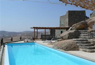Total Privacy, Spacious Rooms, Infinity Pool, Huge Outdoor Area