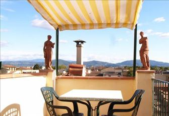 Luxury Apartment with a Wonderful Balcony Overlooking Florence