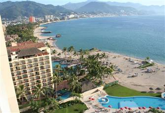 Oceanfront Luxury Condo at the Hotel Zone Francisco Medina in Puerto Vallarta
